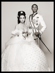 01-Pharrell Williams & Cara Delevingne - Reincarnation by Karl Lagerfeld - picture Karl Lagerfeld_LD